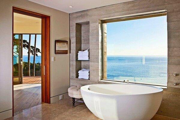 Khách sạn có phòng tắm đẹp