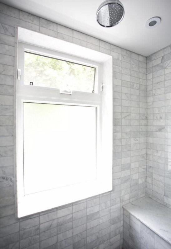 Cửa sổ nhà vệ sinh