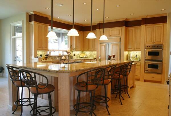 Chú ý đến ánh sáng trong nhà bếp