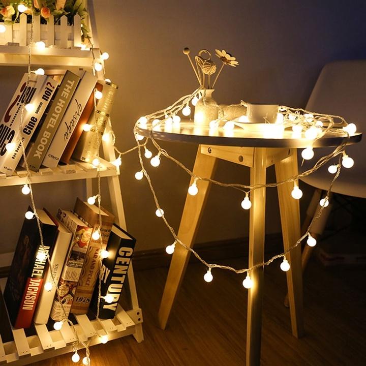 Bao bọc đồ nội thất & những vật dụng khác bằng dây bóng đèn